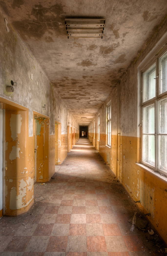 These Spooky Abandoned Asylums Will Haunt Your Dreams Urban Photography By Roman Robroek