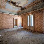 abandoned building baile herculane princess sisi house