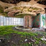 photograph-abandoned-buildings-abkhazia-roman-robroek10 copy