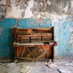 photograph-abandoned-buildings-abkhazia-roman-robroek21 copy